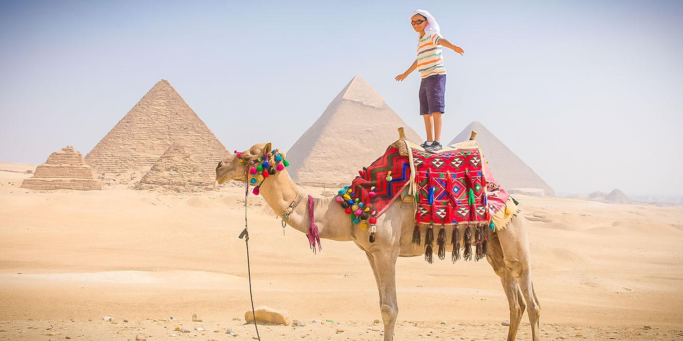 O que há no interior da Pirâmide de Quéfren?